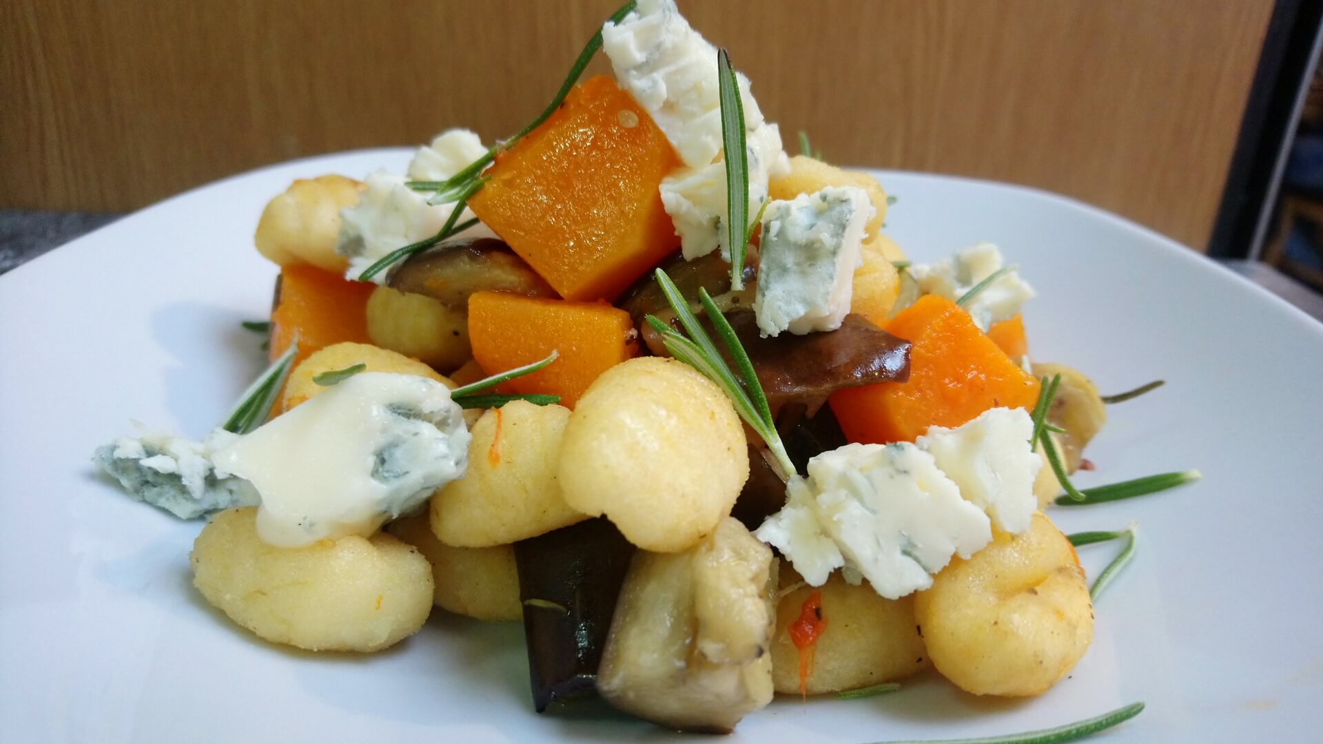 Roasted gnocchi and vegetables