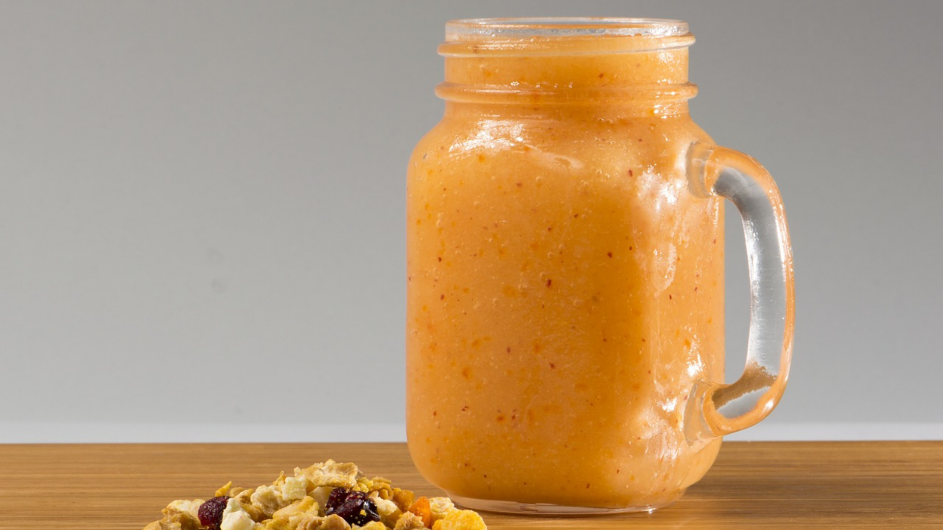 Zingy Pineapple Smoothie